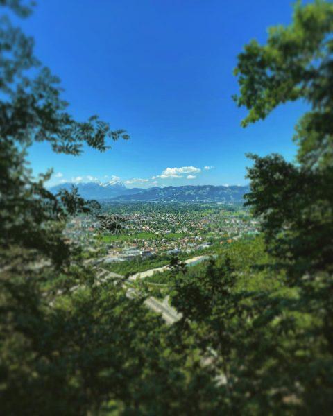 Wanderung auf die Fluh.. war sehr Schön.. 🥰🥰 habt einen schönen sonntag ❤️ ...