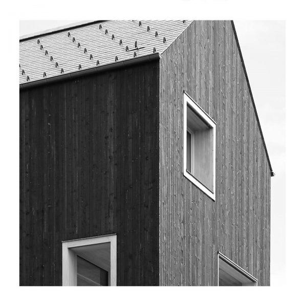 Haus am Bäumle | Bernardo Bader . . #lochau #bernardobader #bernardobaderarchitects #bodenseevorarlberg #visitvorarlberg #keepitsimple #architecture_minimal #jj_architecture #archilovers...
