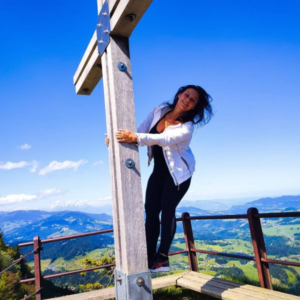 VENI - VIDI - VORARLBERG ❣️ . . . #hikingchick #hike #hikevibes #mountains ...