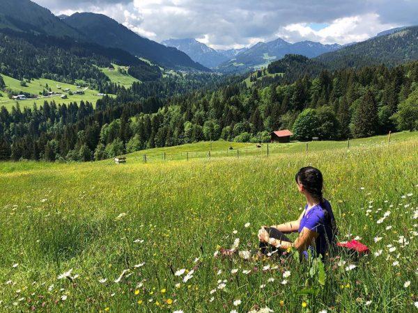 Widok na #kleinwalsertal #góry #berge #mountains #wanderlust #wędrowanie Ausblik ins Kleinwalsertal Alpe