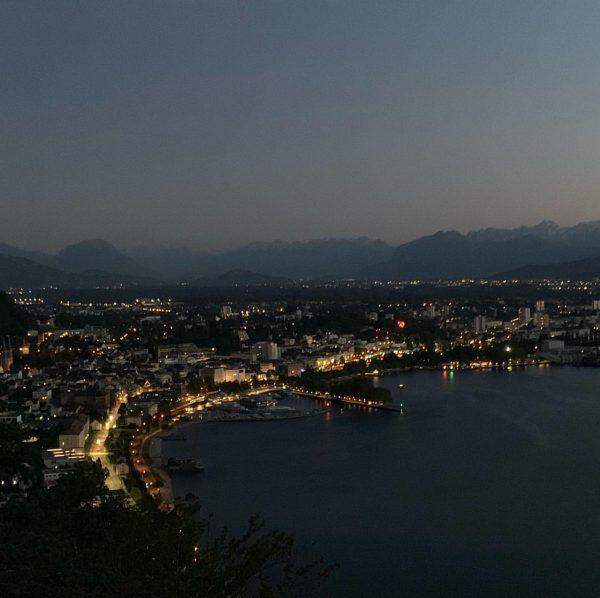 #bregenz #austria #österreich #bodensee #sunsets #sonnenuntergang #nightview #citylights Bregenz