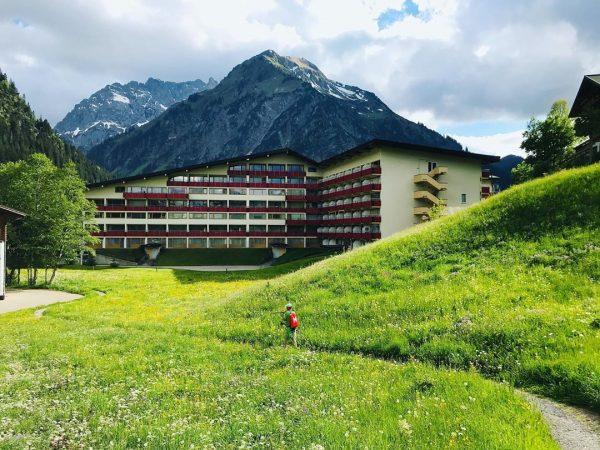 Walking in #Kleinwalsertal #Mittelberg #Bergfreude #mountainview #österreich🇦🇹 #Oostenrijk #Sommer