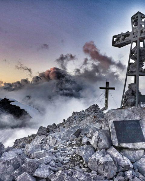 #lifeisbetterinthemountains . . . #spullersee #spullerschafberg #lechzuers #lechquellengebirge #skiarlberg #teamscottmontafon #unserealpen #alpenvereinvorarlberg #bergliebe ...