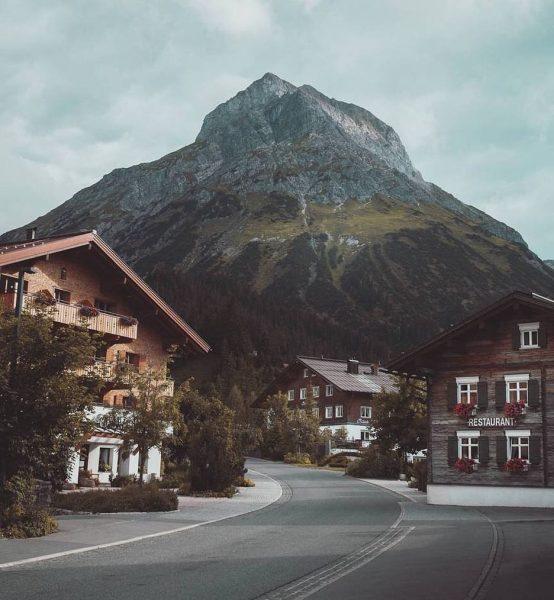 Austria 🇦🇹 . . . . . #lech #austria #mountains #arlberg #snow #lechamarlberg ...