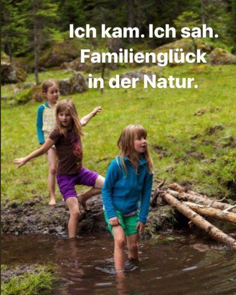 DIE NATUR ENTDECKEN - dafür steht das Familienprogramm in den fam Hotels. Ab in die Vorarlberger Berge!...