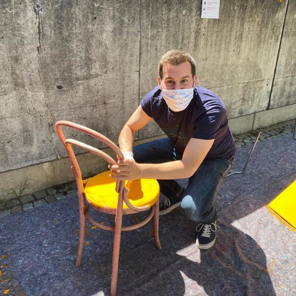 ... ich kam, ich sah, ich malte! Coole Aktion @bludenzstadt - stadt.stühle #venividivorarlberg ...