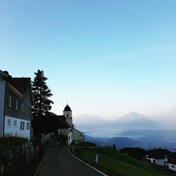 Wochenende. #ländle #vorarlberg #austria #österreich #mountains #alps #nature #sunset #natur #berge #igerssalzburg Kloster ...