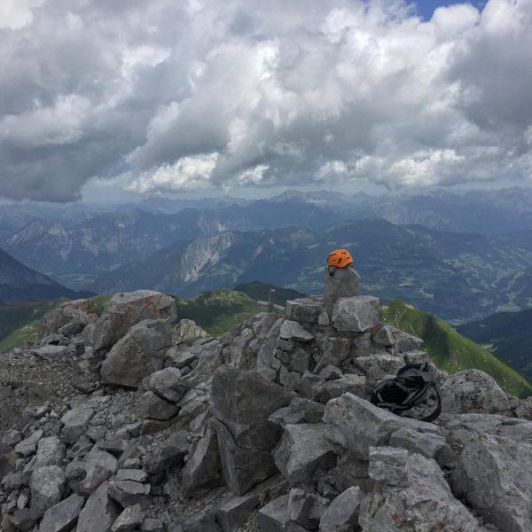 #blodigrinne #klettersteig #öfapass #schweizertor #gipfelglück #wetterstimmung Drusenfluh