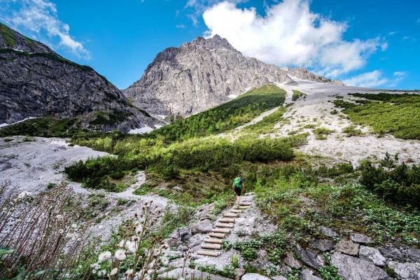 Goodbye. ⛰👋🏻 was für ein Wochenende 🖤 #lünersee #brandnertal #berge #mountains #runner #wandern ...