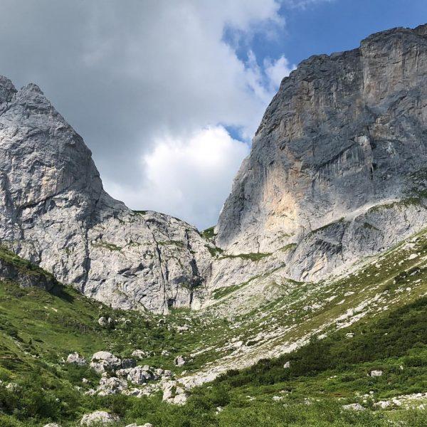 #schweizertor #carschinafurgga #carschina #mtb #mtblife #mountainbike #mountains #mountainview #bergwelt #grenze #schweiz #österreich #outdoorfun ...