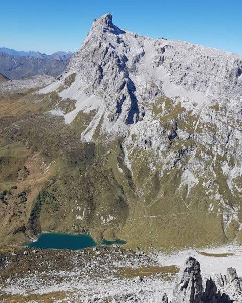 #bikeandhike #bike4fun #hike4fun #gschpunahübsch #blickheimat #blick zu #schijenzan #partnunsee #sulzfluh #mountaineering #mountainlover #homeiswerethemountainsare ...