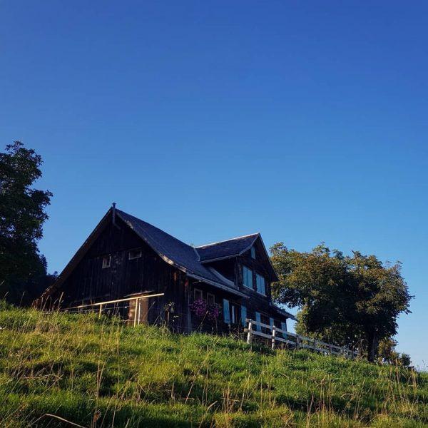 Zwei Juwelen auf unseren Emser Hausbergen: die Alpe Gsohl und das Naturfreundehaus Emser ...