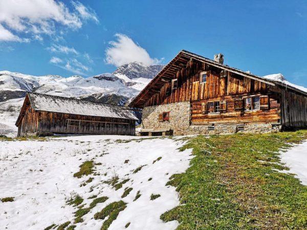 Der erste Schnee ist schon da ⛄️ #gaisbühelalpe Lech, Vorarlberg, Austria