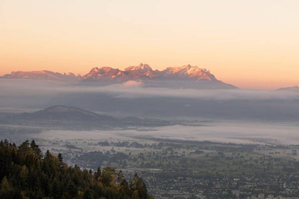 Beautiful prospect of a new life. The Rickatschwende offers an incomparable view. We ...