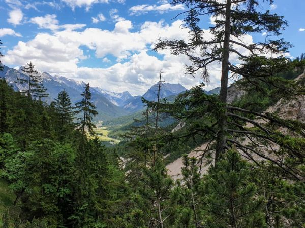 Hoher Sattel #hohersattel #hikingadventures #hike #bergwelten #theglobewander #tirol #beautifulplaces #bergliebe #mountaineer #visittirol #mountainlover ...