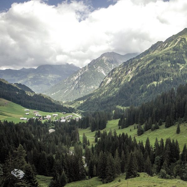An Tagen wie diesen… ⛰ #hikie # hiking #chill #chillout #enjoy #nature #auenhuette ...