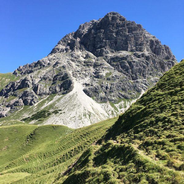 #somüssensonntagesein #hochalppass #widdersteinhütte #indiebergbinigern #großekleinwandersleut