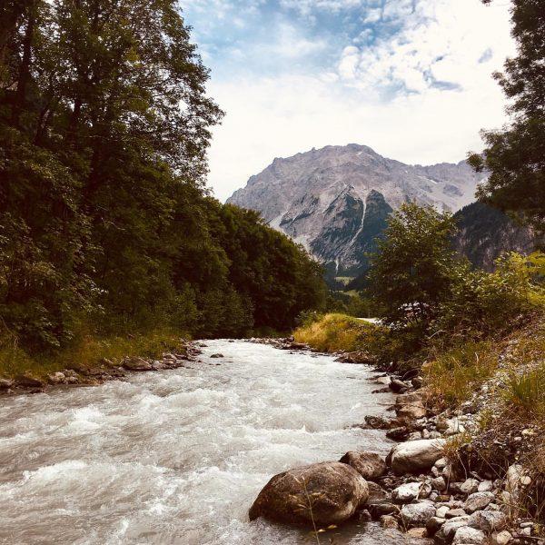 """Theodor Heuss sagte einst """"Der Sinn des reisens ist es, an ein Ziel ..."""