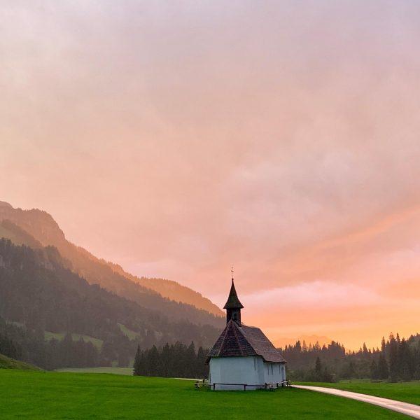 #schönenbach #österreich #hirschberg #käsknöpfle #egender #friends #hiking #weekend Jagdgasthaus Egender