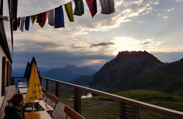 Bergluft, Felsen und haufenweise Murmeltiere .. ♥️⛰ #carschinahütte #tilisunahütte #wandern #drusentor #dreitürme #österreich ...