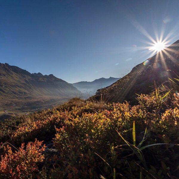 """Herbstwanderung"" . . #herbst #autumn #wandern #wanderlust #bergwandern #hiking #hikinggirl #hikingadventures #landschaft #landschaftsfotografie ..."