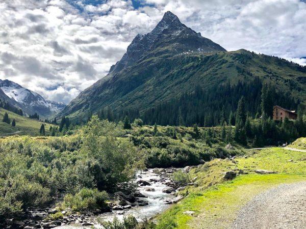 #ausflugsziel #konstanzerhütte #verwall #wandern #wandersglück #tirol #lovetirol❤️🗻 #berge #berghütten #alpenverein #alpenliebe #alpen #visittirol ...