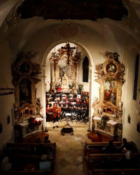 Ein herzliches Dankeschön an alle Besucher des heurigen Adventskonzert🕯 Der @musikvereinviktorsberg wünscht allen ...