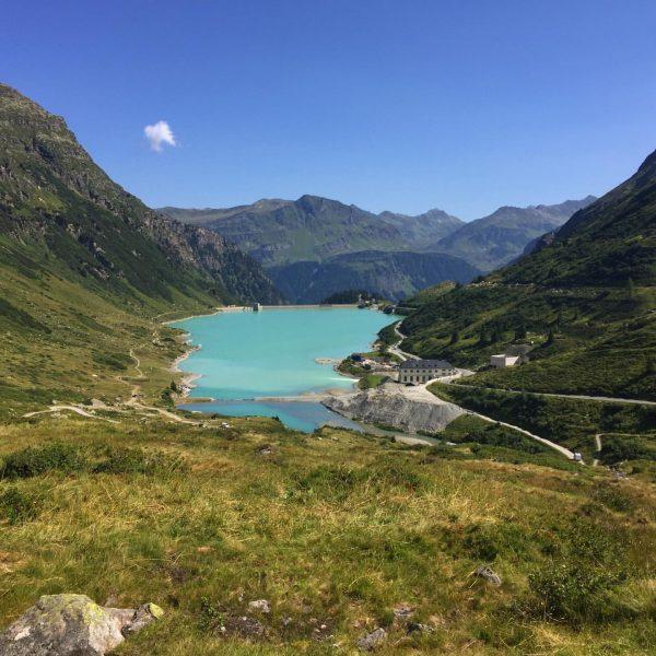 Flashback Sommer #vermuntstausee #silvretta #saarbrückerhütte #läufer #summer #sommer #mountains #bergwelten #trail # #trailrunning ...