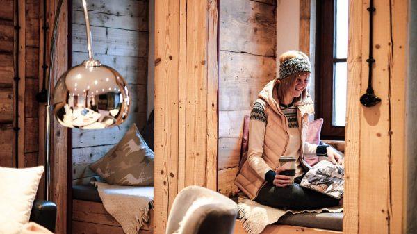 Cozied up 😌☕️ #auenhuette #laubela #kleinwalsertal #ifen #mountains #gemütlich #cozy #homebase #zuhause #mountainlove ...