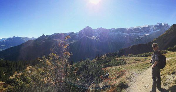 Wat te doen in deze tijd? Fotoboeken maken! #achterstalligonderhoud #ooitgingenweeropuit #vakantie #herinneringen #bergpaadje ...