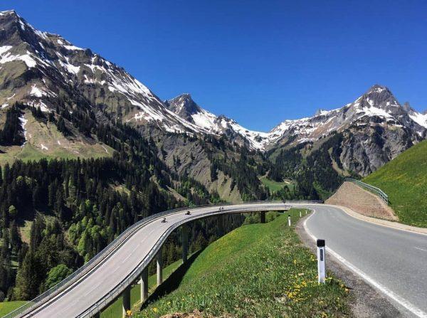 hochtannbergpass — austria🇱🇻 📸 -> @thomasvantklooster #passroad #passstrasse #hochtannbergpass #austria #österreich #curvy #street ...