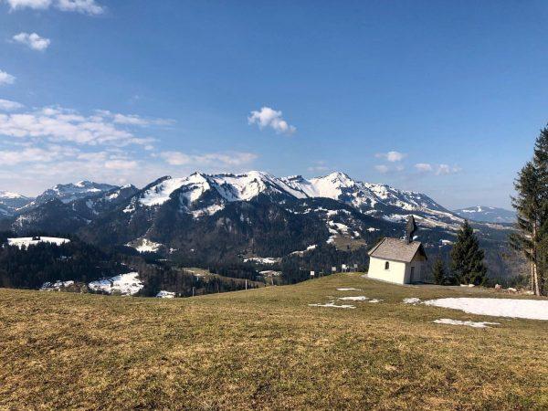 Frühling in Sibratsgfäll. 🌿🌷☀️ #vielseitigessibratsgfäll #frühling #bregenzerwald #meinsibratsgfäll #photorookie2020 Sibratsgfäll, Vorarlberg, Austria