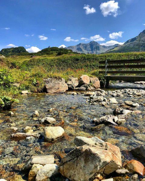 ⛰ Wanderung zum Zeinissee Voralberg, Sommer 2019⛰ #buggyandkate #zeinissee #zeinisjoch #bergsee #see #vorarlberg ...
