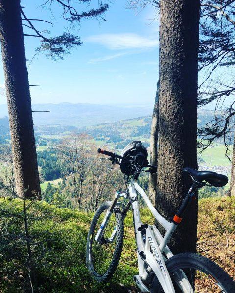 #brüggele #brüggelekopf #alberschwende #mountainbike #lifeisbeautiful #happyworld #heimatliebe #homeiswheretheheartis #vorarlberg #heimatstolz #österreich🇦🇹 Brüggelekopf