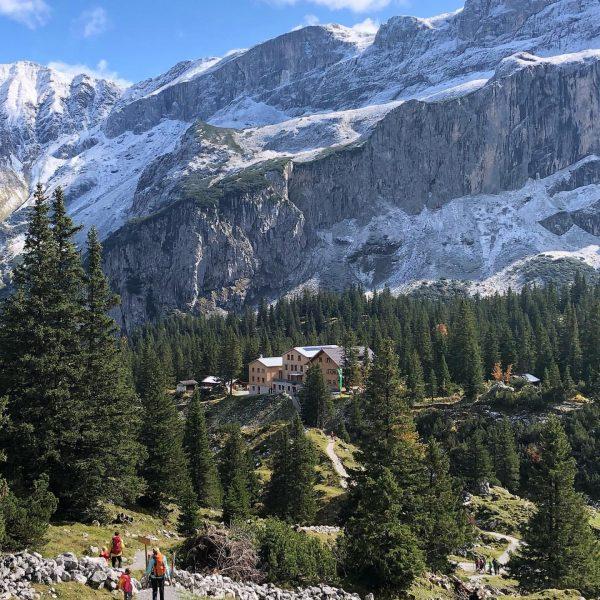 Spontane Ausflüge in die 🏔sind die Besten. #lastyear #hiking Lindauer Hütte