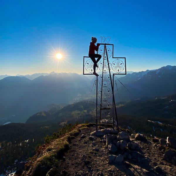 Sky above, earth below, peace within 🏔💞 #mondspitze #schillerkopf #bürserberg #bludenz #mountains #bergliebe ...