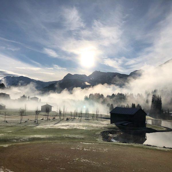 #mylechzuers #zuallenjahreszeiten #frühling #lechzuers #arlbergliebe #derduftderalpen #privatluxurymoment #klimaschutz #supportyourlocals #visitvorarlberg #skifahren #wandern #golfen ...