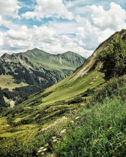 ⛰⛰⛰ . . . . #wanderlust #wandern #furkajoch #furka #furkapass #alpen #alps #mountain ...
