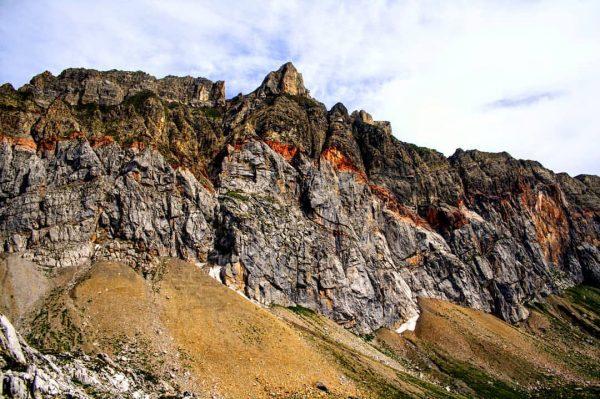 Zugegeben, der Aufstieg auf die Rote Wand (2.704m) ist beinahe schon eine Umrundung. ...