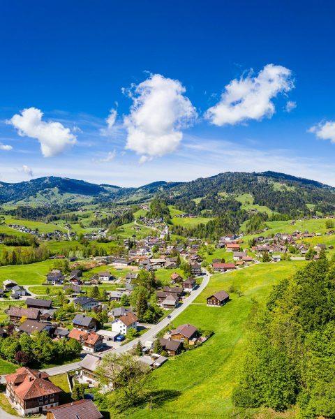 Egg in #bregenzerwald #vorarlberg #austria #visitvorarlberg #ig_austria #alpen #visitbregenzerwald #alpenliebe #austriagram #bns_austria #dronephotography ...