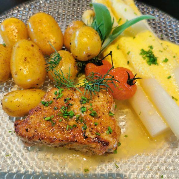 #yippijeh endlich gibt es wieder Essen im Restaurant! 😍 Wann kommst du vorbei? ...
