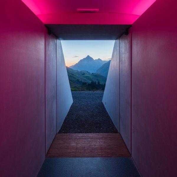 Ich kam. Ich sah. Den Himmel. #venividivorarlberg #lechzuers #skyspace #visitvorarlberg (c) Florian Holzherr ...