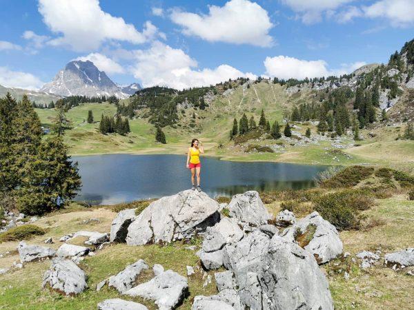 Hier sind wir am offiziell schönsten Platz Österreichs - der Körbersee gilt 2019 ...