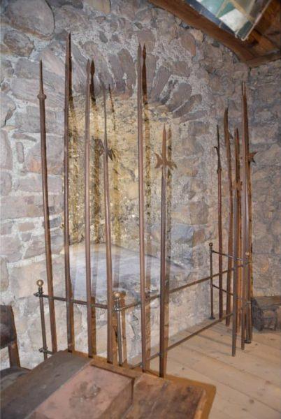 Piken aus der Zeit der Schwede Kriege, Lanzen, Saufedern, Hellebarden oder auch Blankwaffen wie ⚔️🗡️🛡️🗡️ Säbel, Degen...