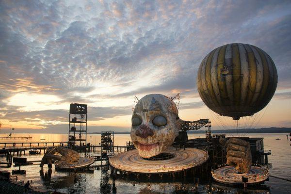 Rigoletto muss bis 2021 weiterschlafen. Wir bedauern die Absage der Bregenzer Festspiele sehr. ...