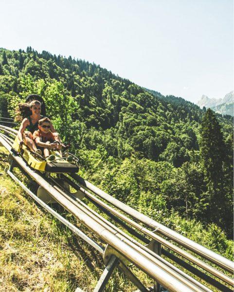 VORFREUDE ... auf eine rasante Abfahrt im Alpine-Coaster-Golm! 💨🎢 #bergemitwow 🚀 Wer muss ...