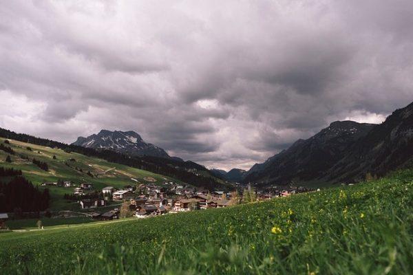 Ich kam. Ich sah. Den Himmel über Lech. #auroralech #bergefürdieseele #lech #arlberg #visitvorarlberg ...