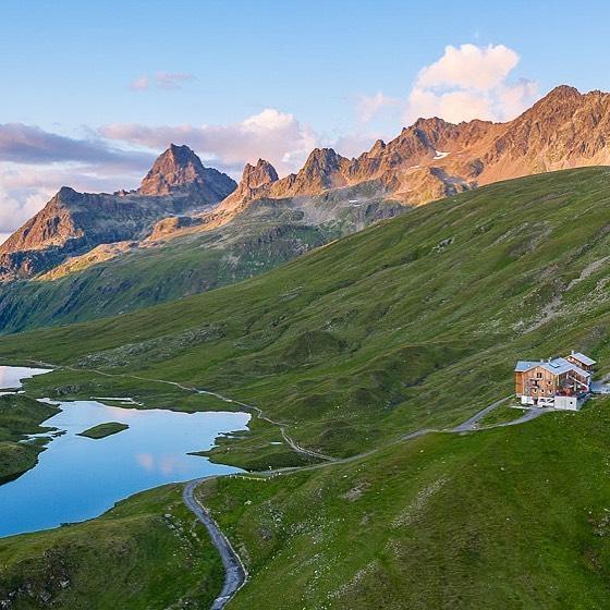 Bedingt durch das behördliche Beherbergungsverbot in Österreich (Tir...ol & Vorarlberg) aufgrund der CORONA-PANDEMIE ...
