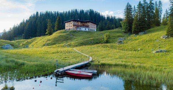 BERGFEX-Sehenswürdigkeiten - Der Körbersee - der schönste Platz Österreichs 2017 - Bregenzerwald - ...