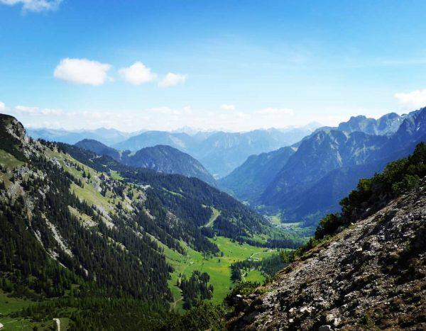 Es gibt fast nichts schöneres als die Berge. Rückblick auf das Zalimtal. Ein wunderschöner Ort unserer 🗻...